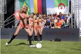 Видео: в Голландии состоялся чемпионат мира среди девушек в нижнем белье